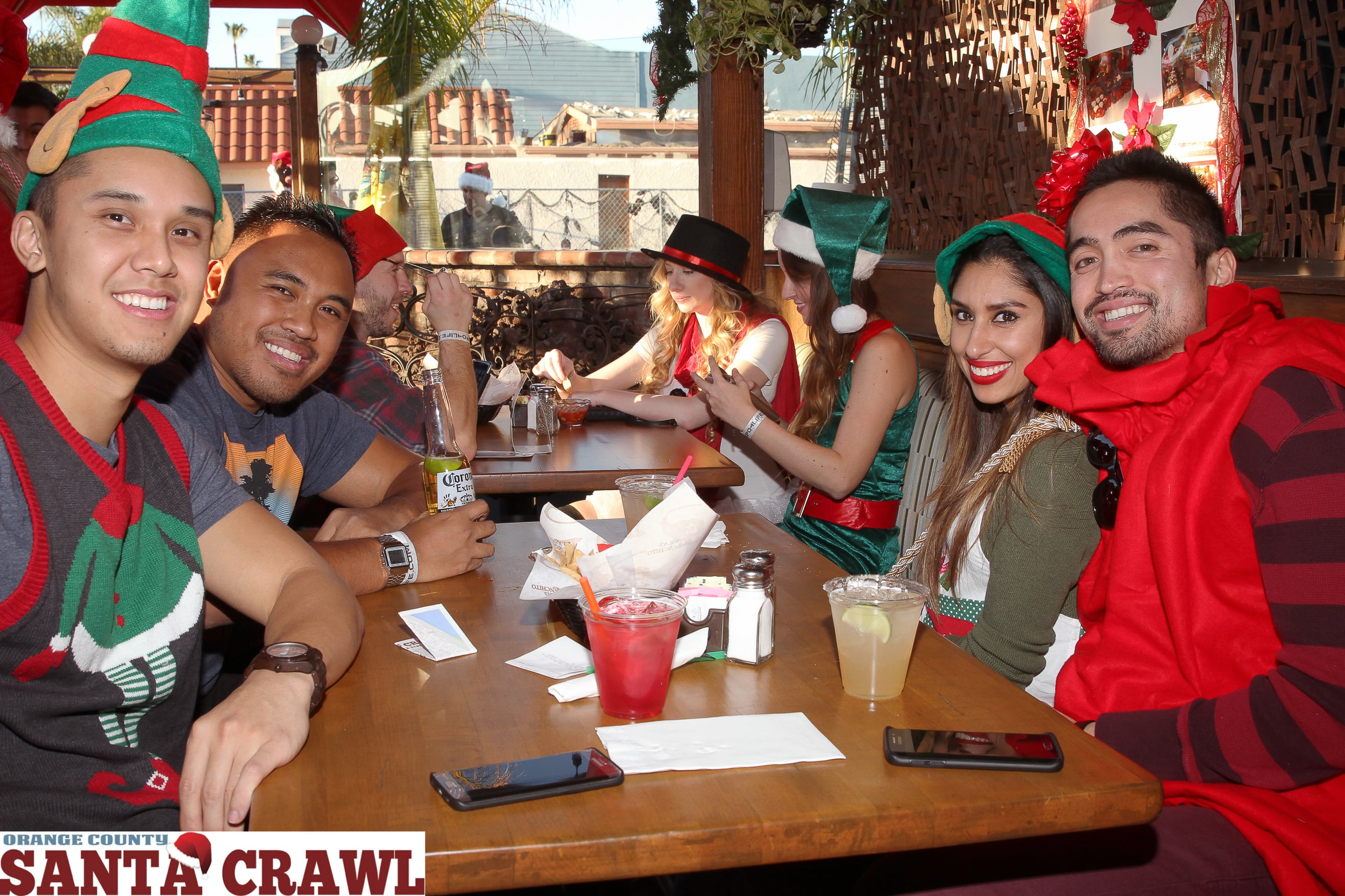 OC Santa Crawl 2015-84.jpg