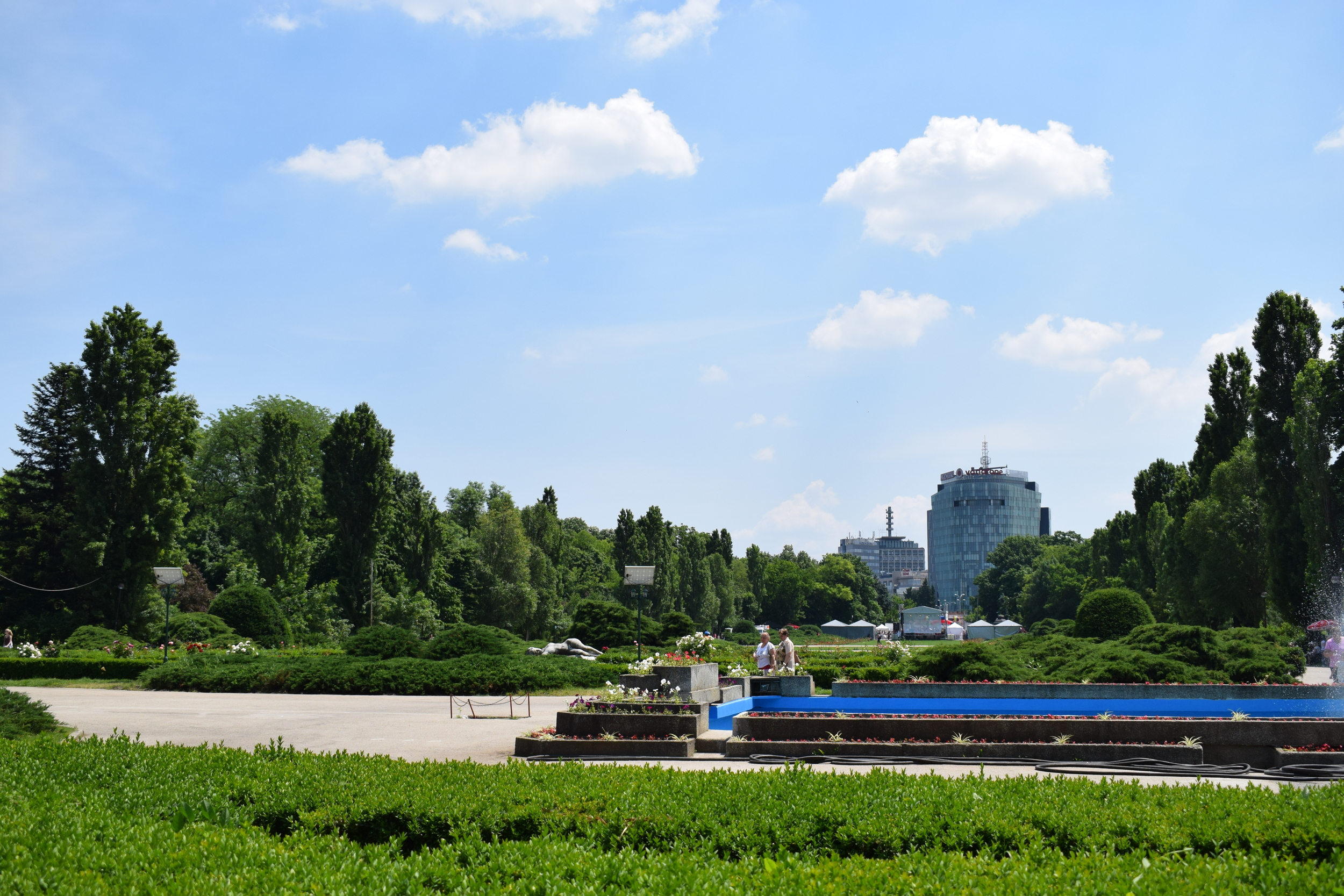 Herastrau Park is a nice place to take a break from city life.