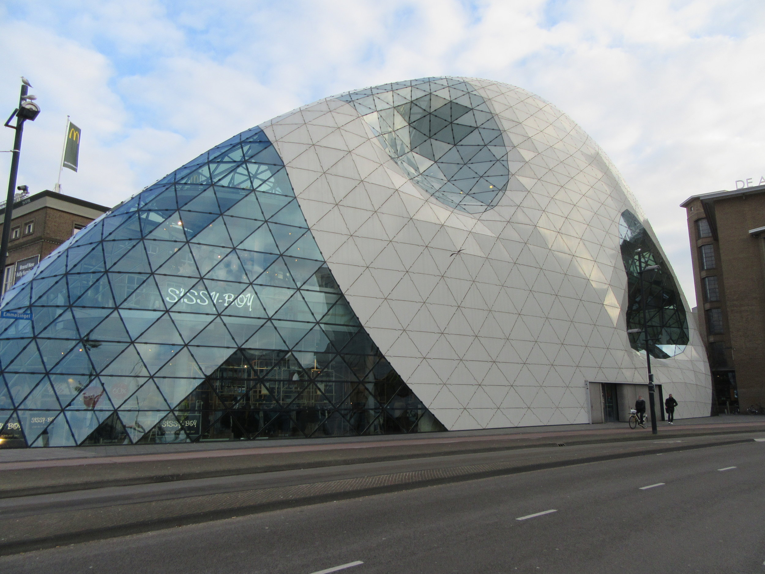 De Blob - one of Eindhoven's architectural attractions.