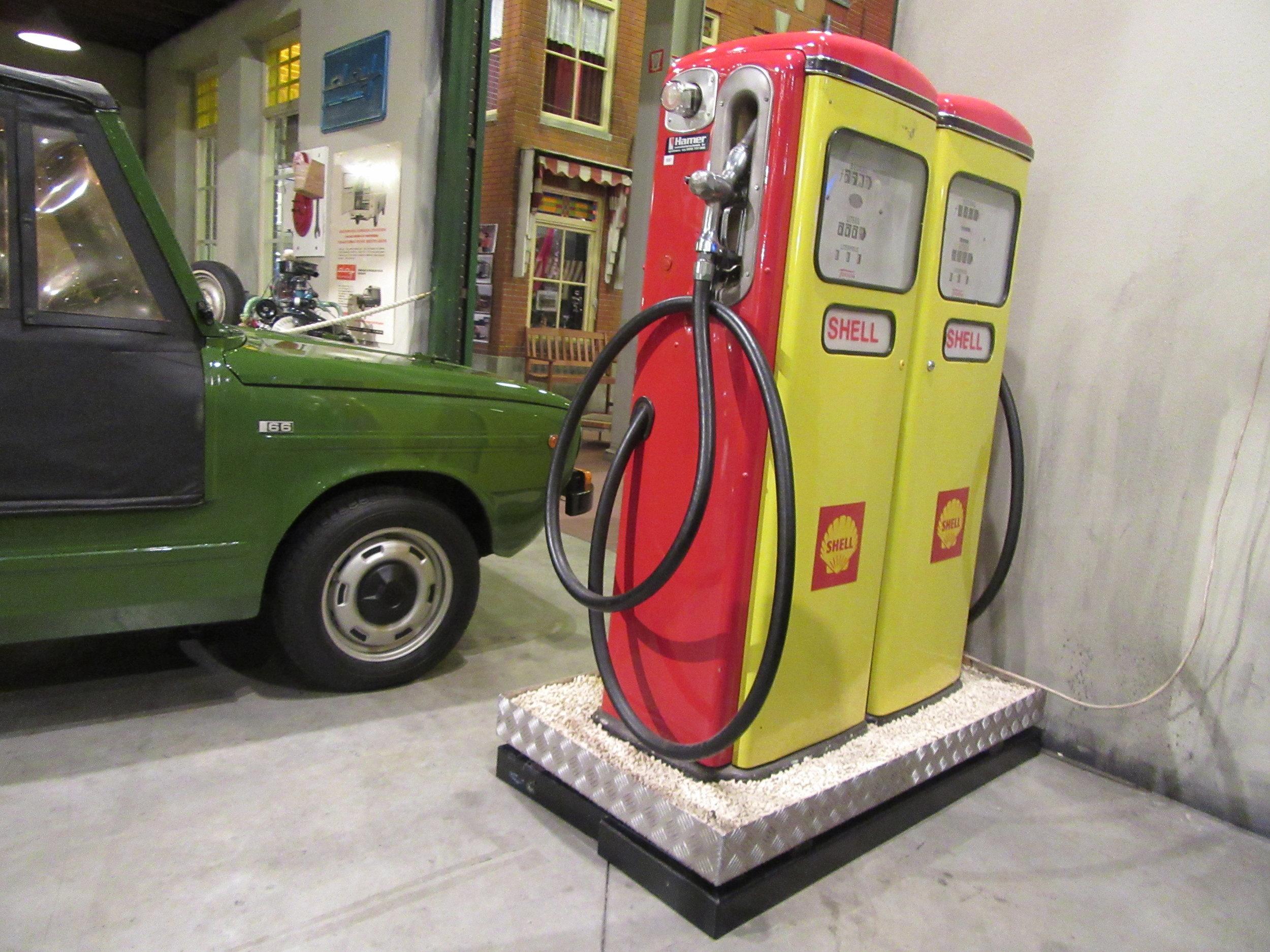Shell-Petrol-DAF-Musuem-Eindhoven