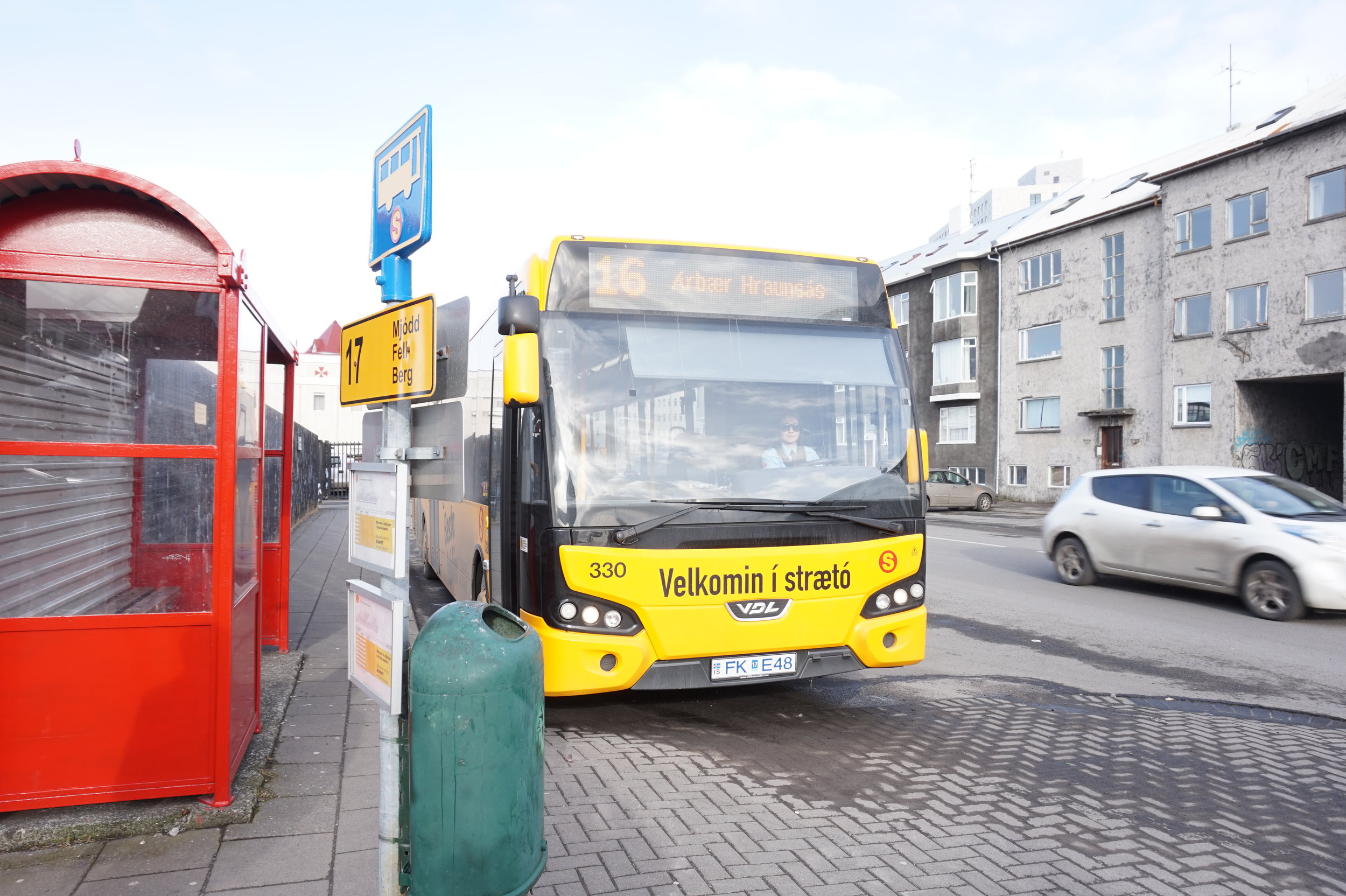 Reykjavik-City-Bus