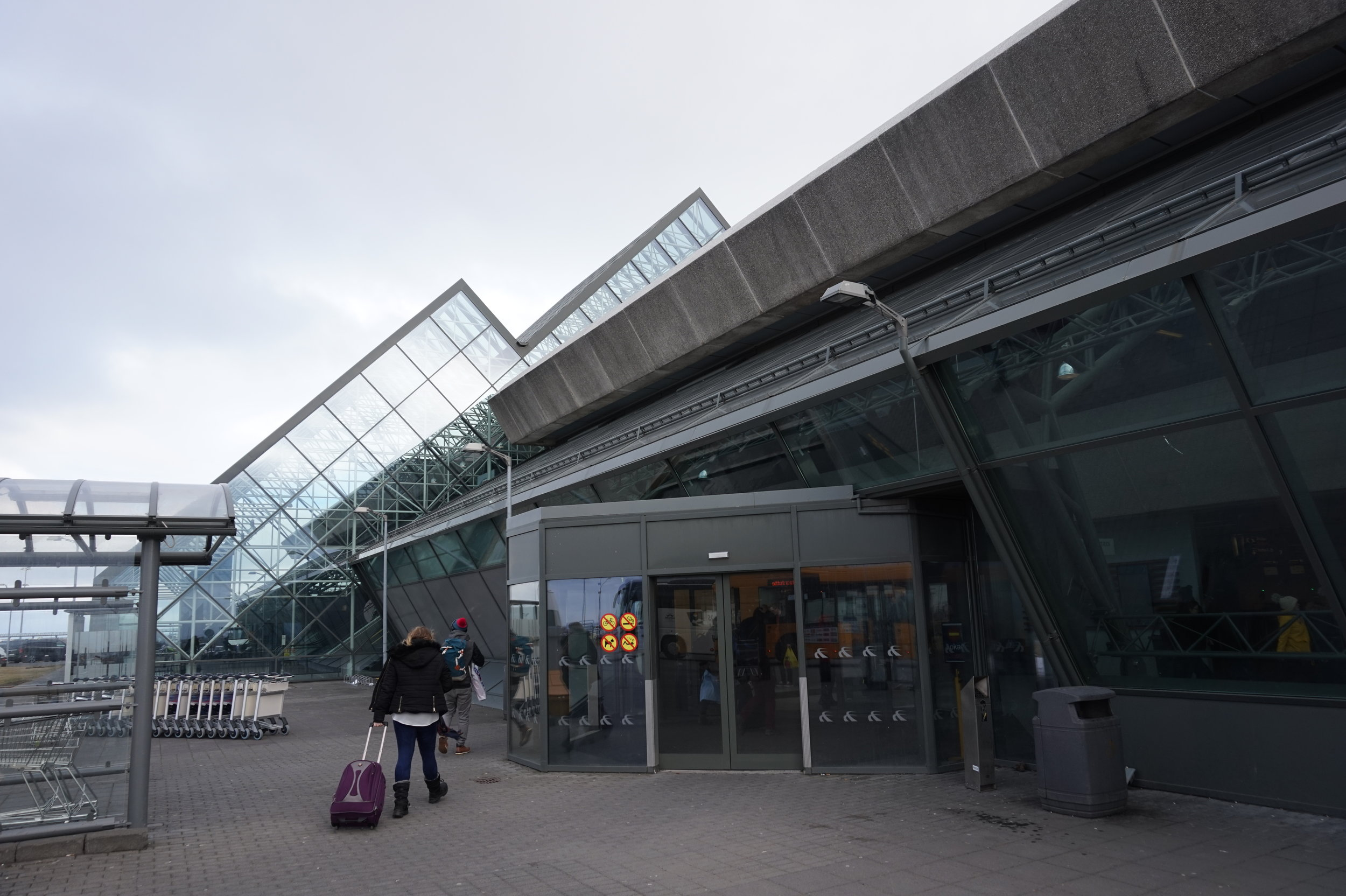 The entrance to Keflavík International Airport.