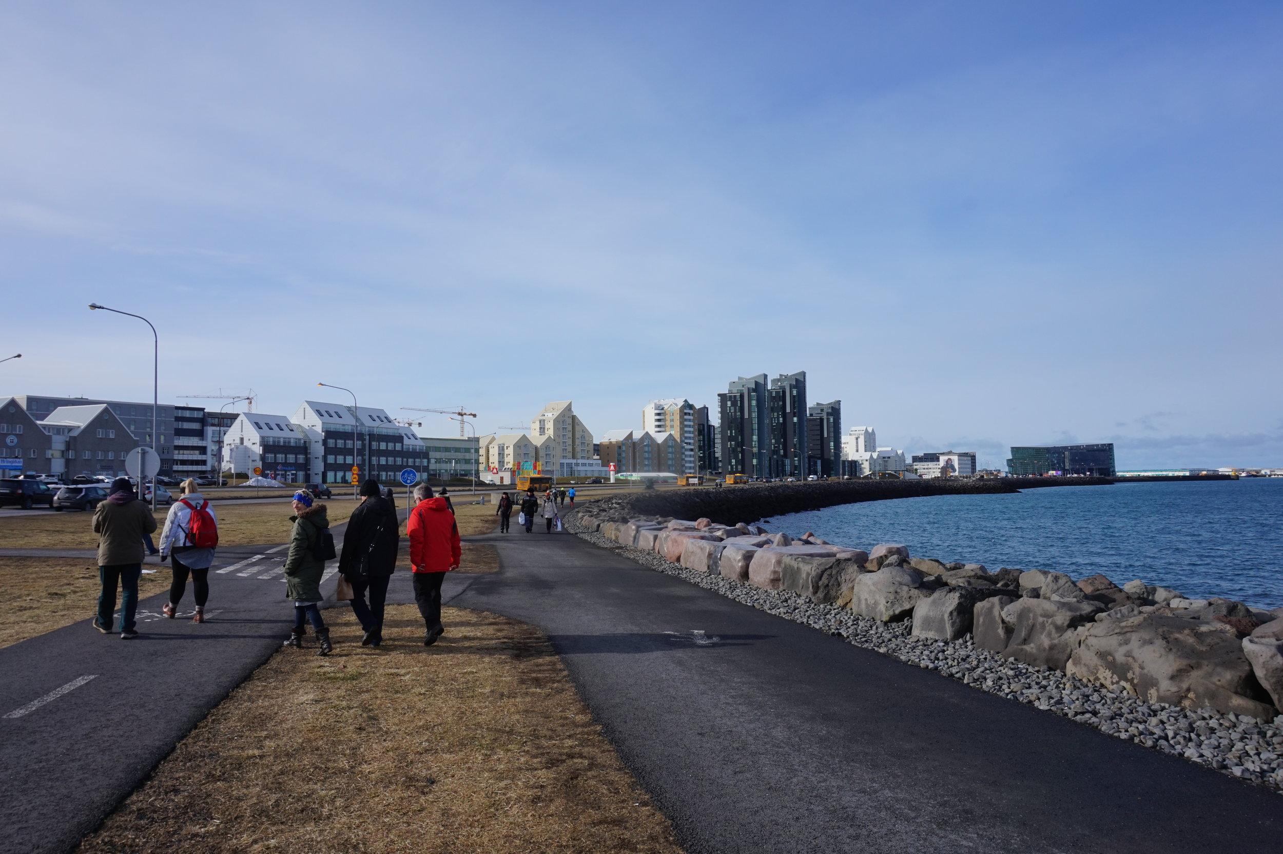 Reykjavik-Promenade-Waterfront