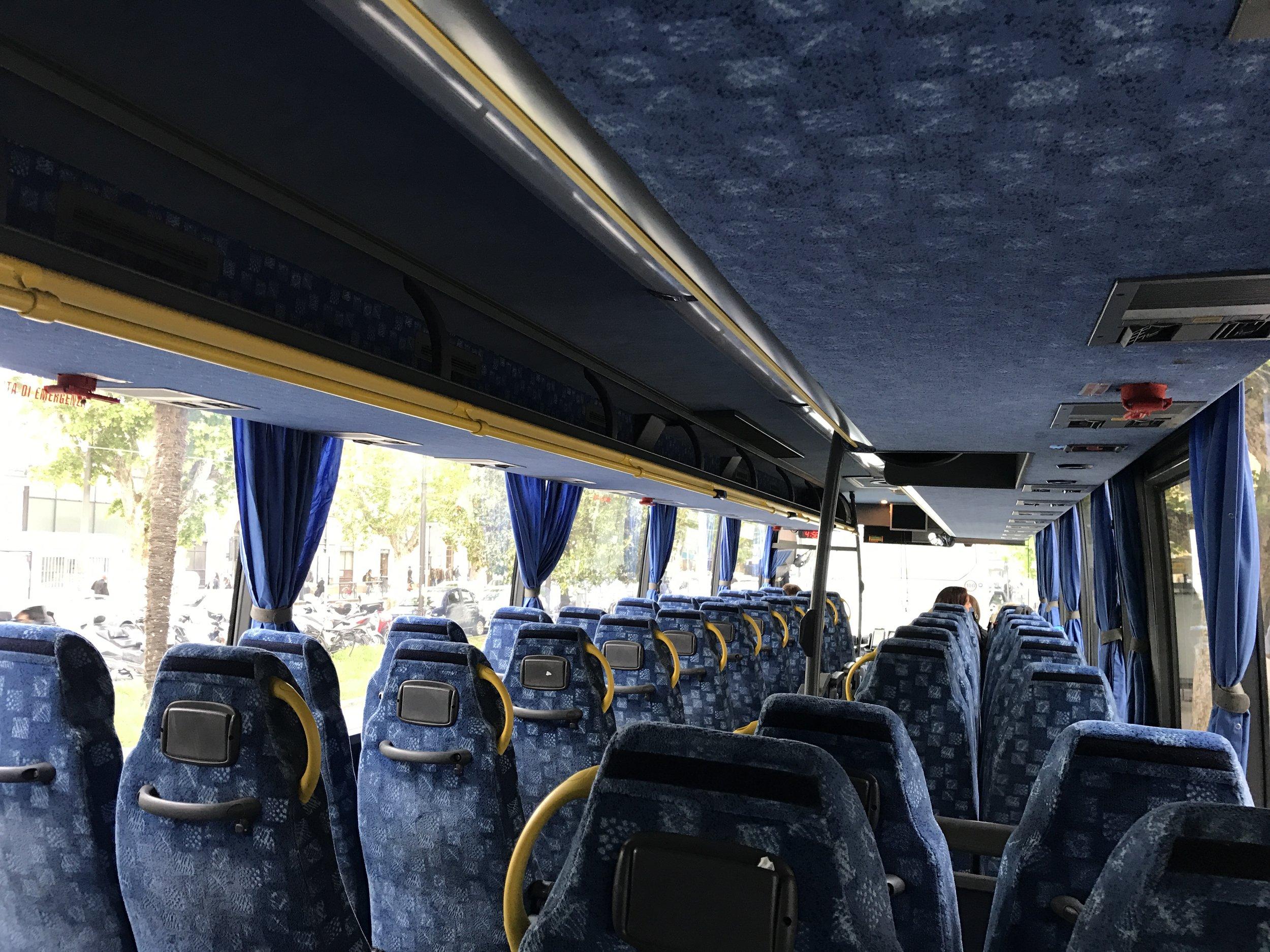 Rimini-Bus-Italy-San-Marino