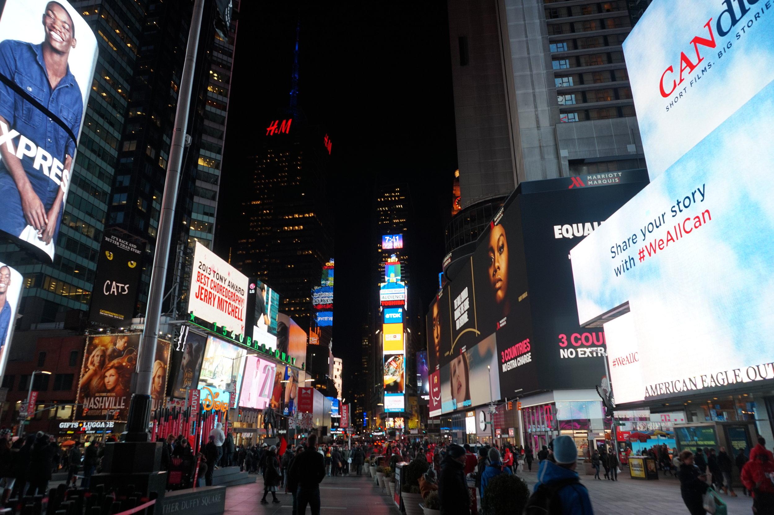 Times-Square-New-York-Night