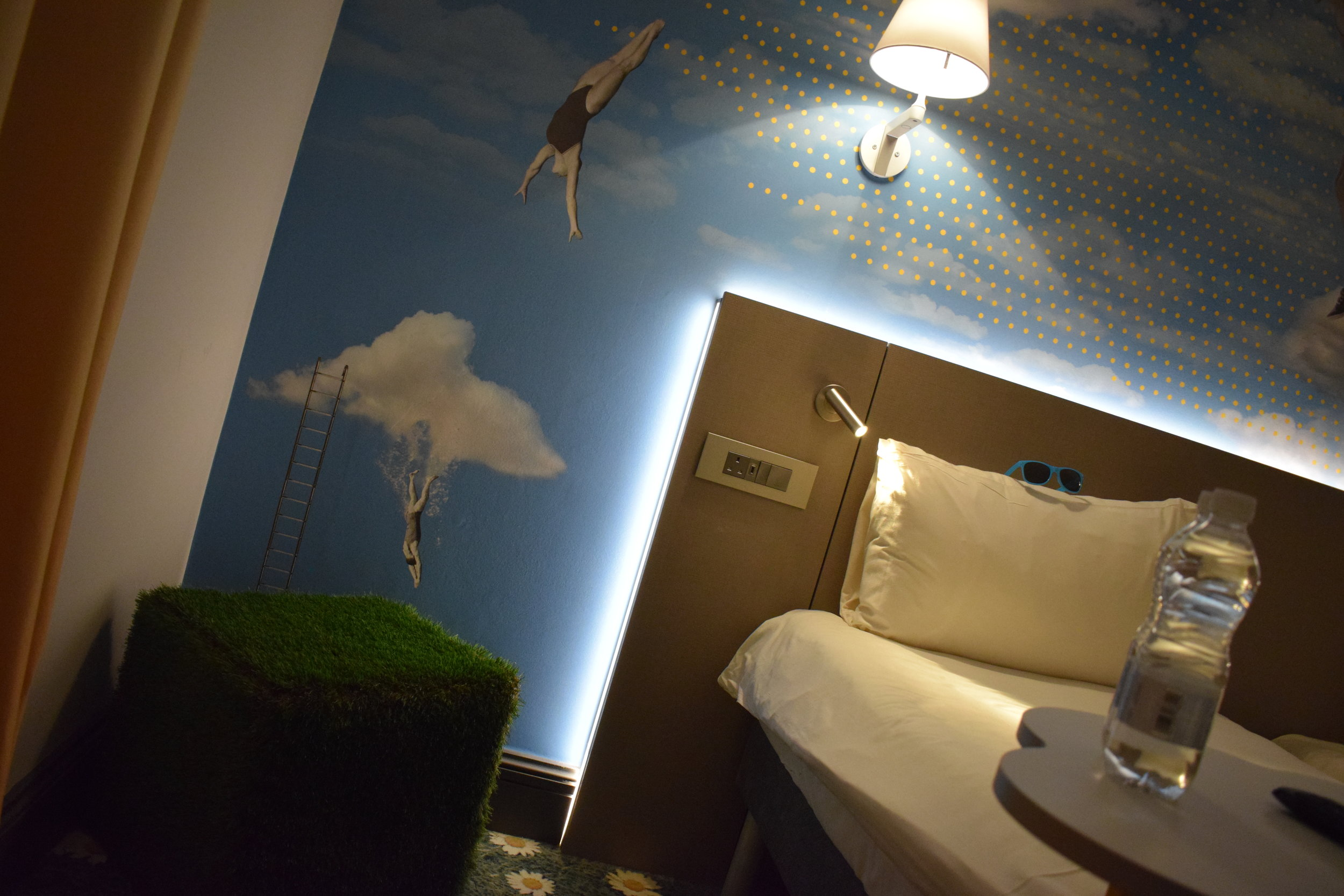 Ibis-Styles-Hotel-Summer-Room