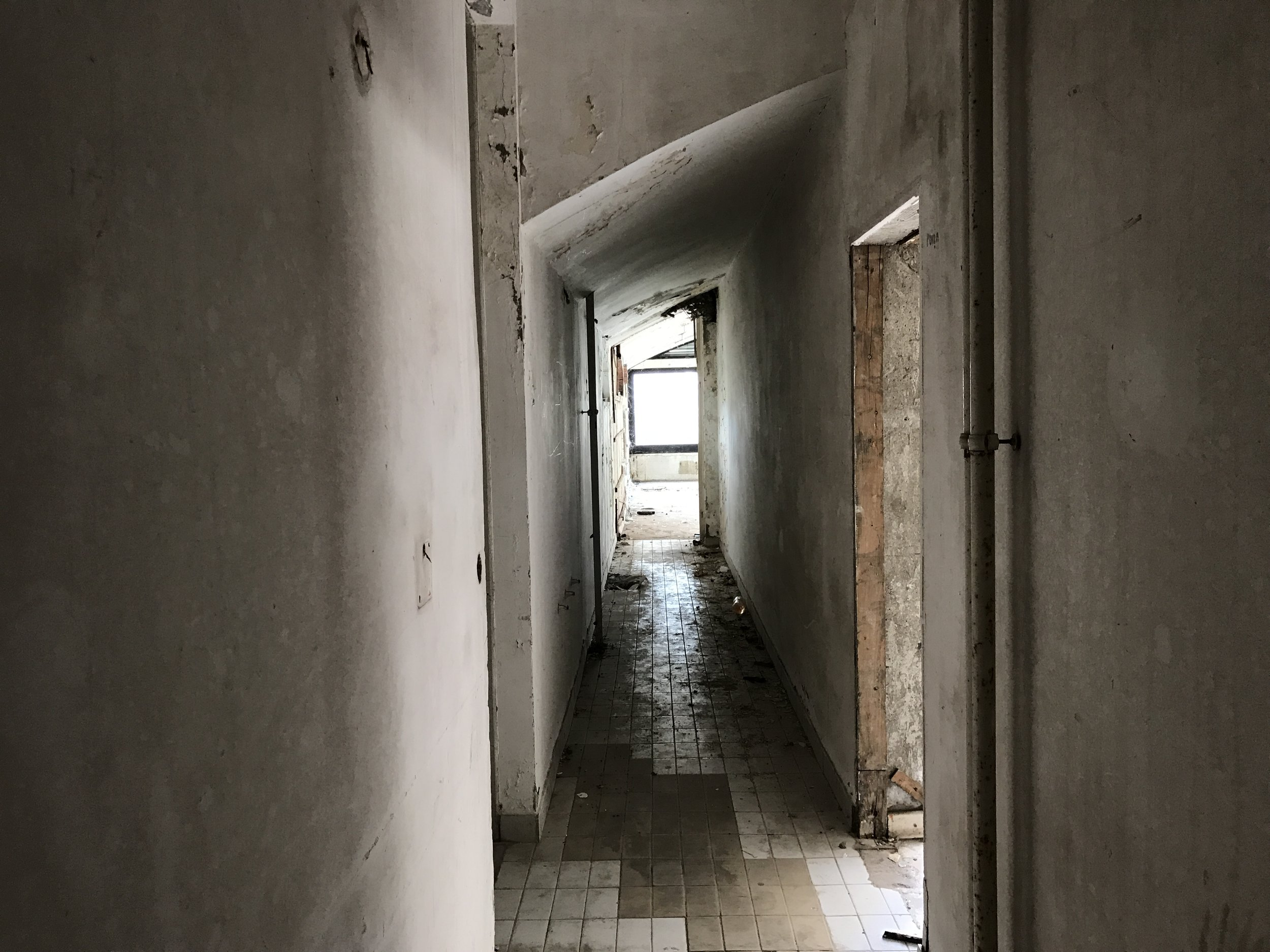 Hotel-Fjord-Kotor-Corridor