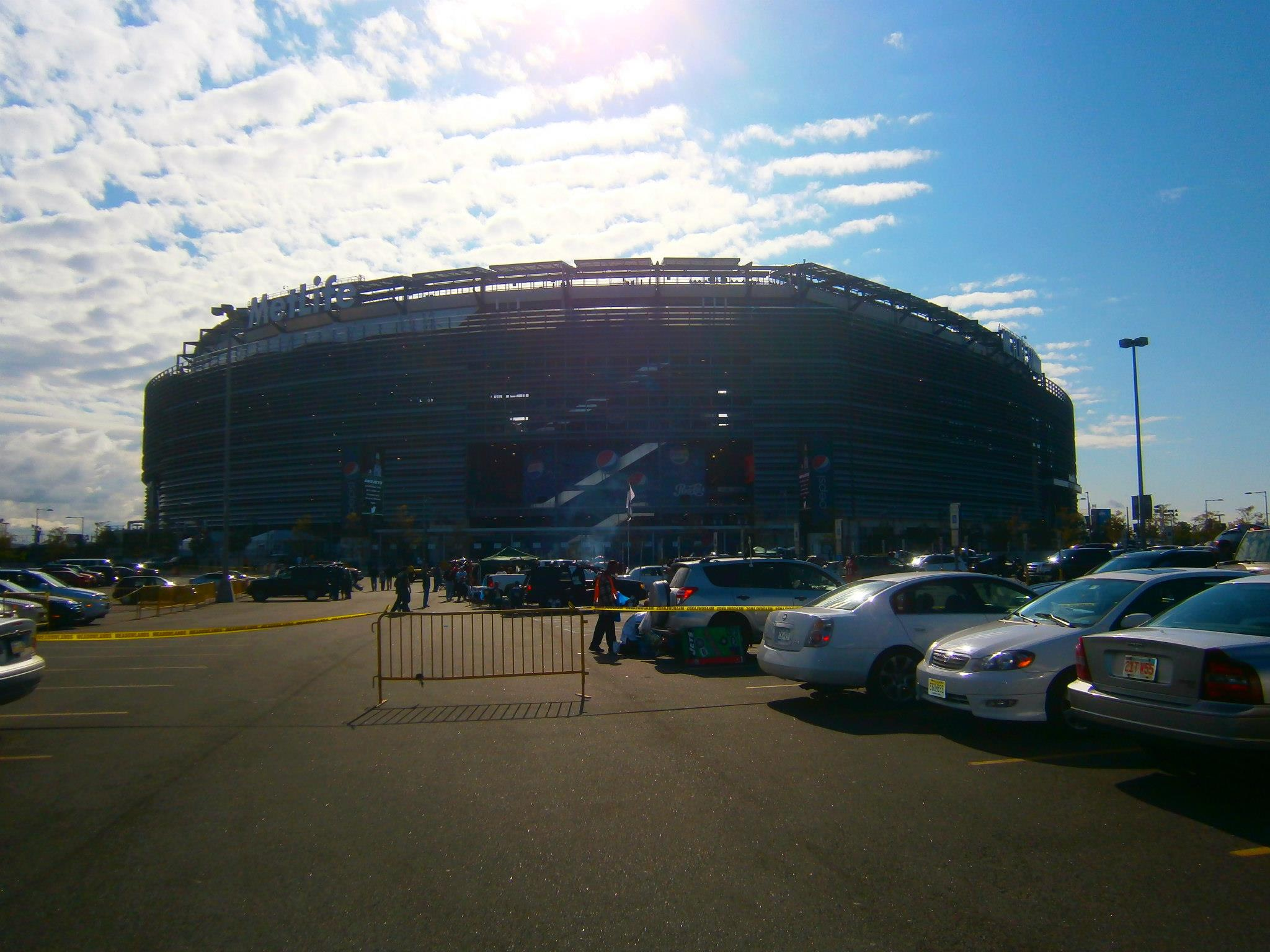 MetLife-Stadium-Parking-Lot