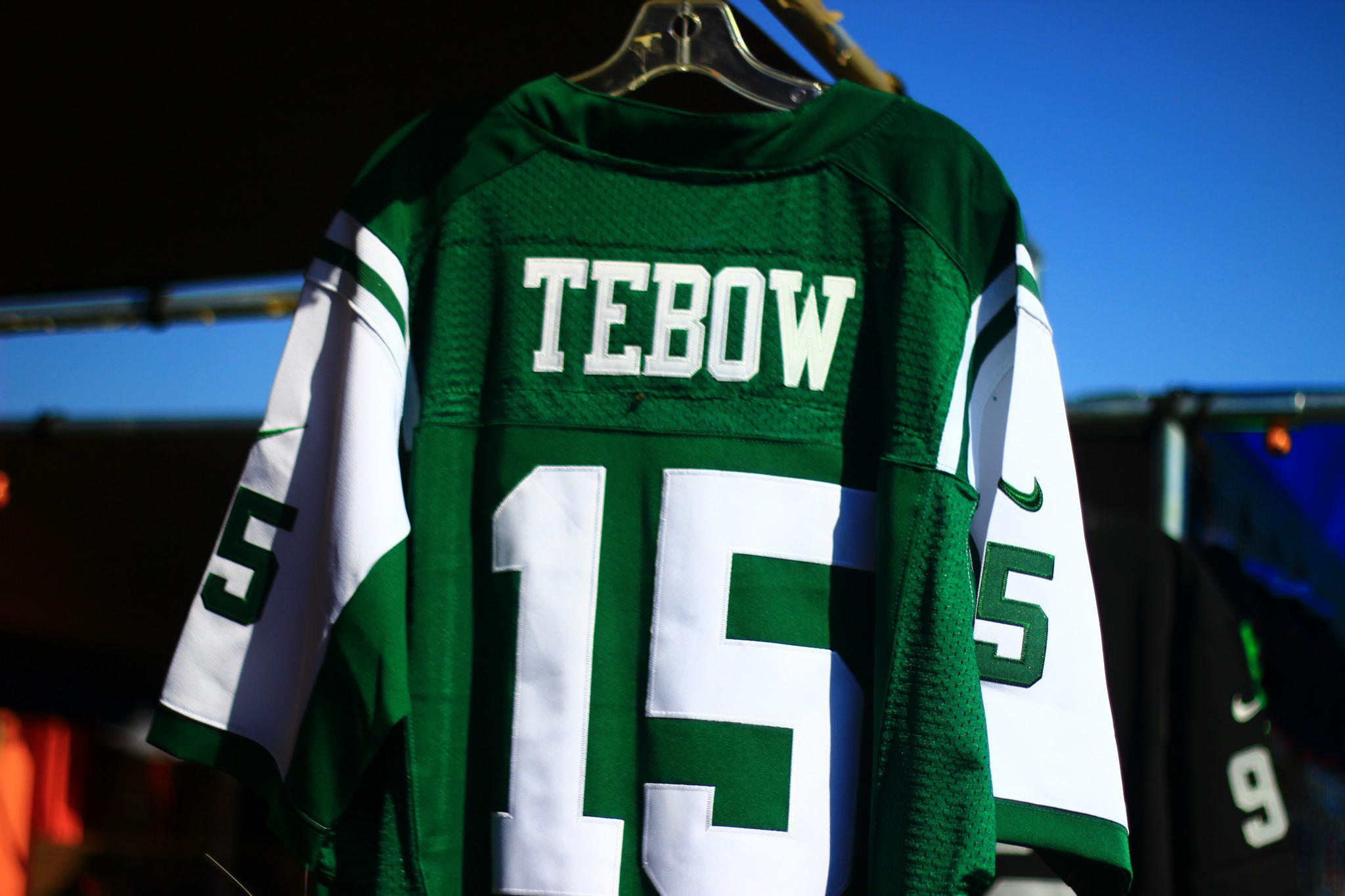New-York-Jets-Tebow-Jersey-Merchandise