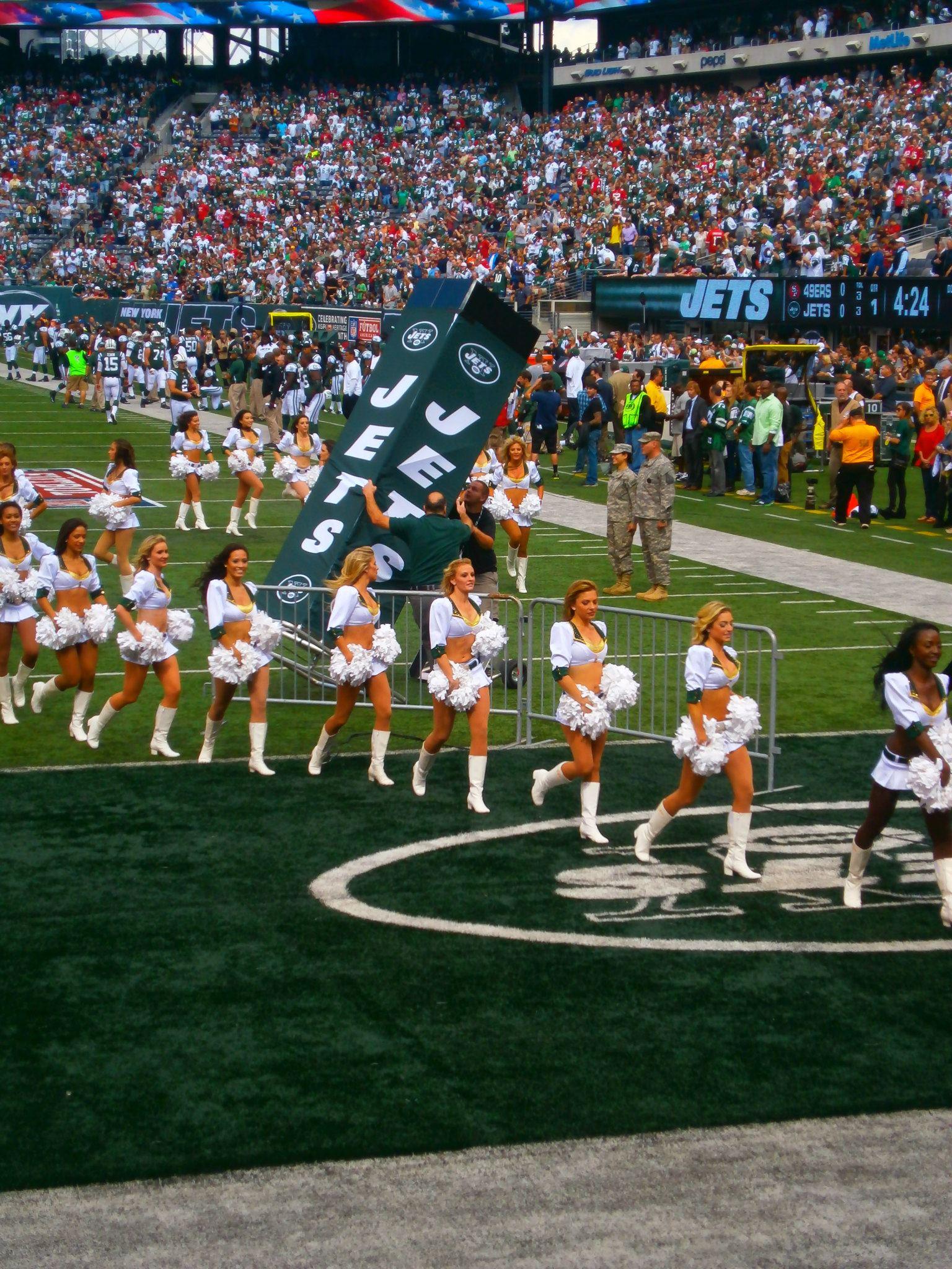 New-York-Jets-Cheerleaders-MetLife