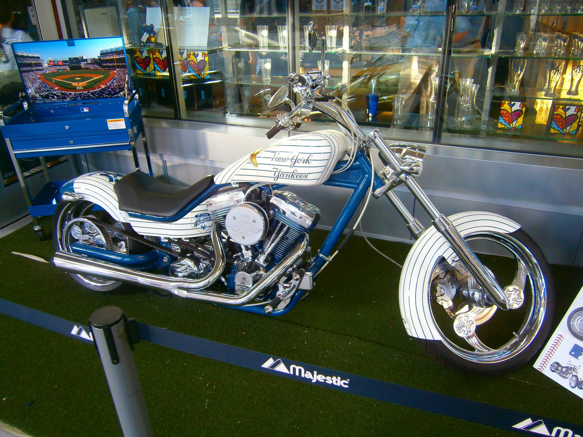 New-York-Yankees-Harley-Davidson