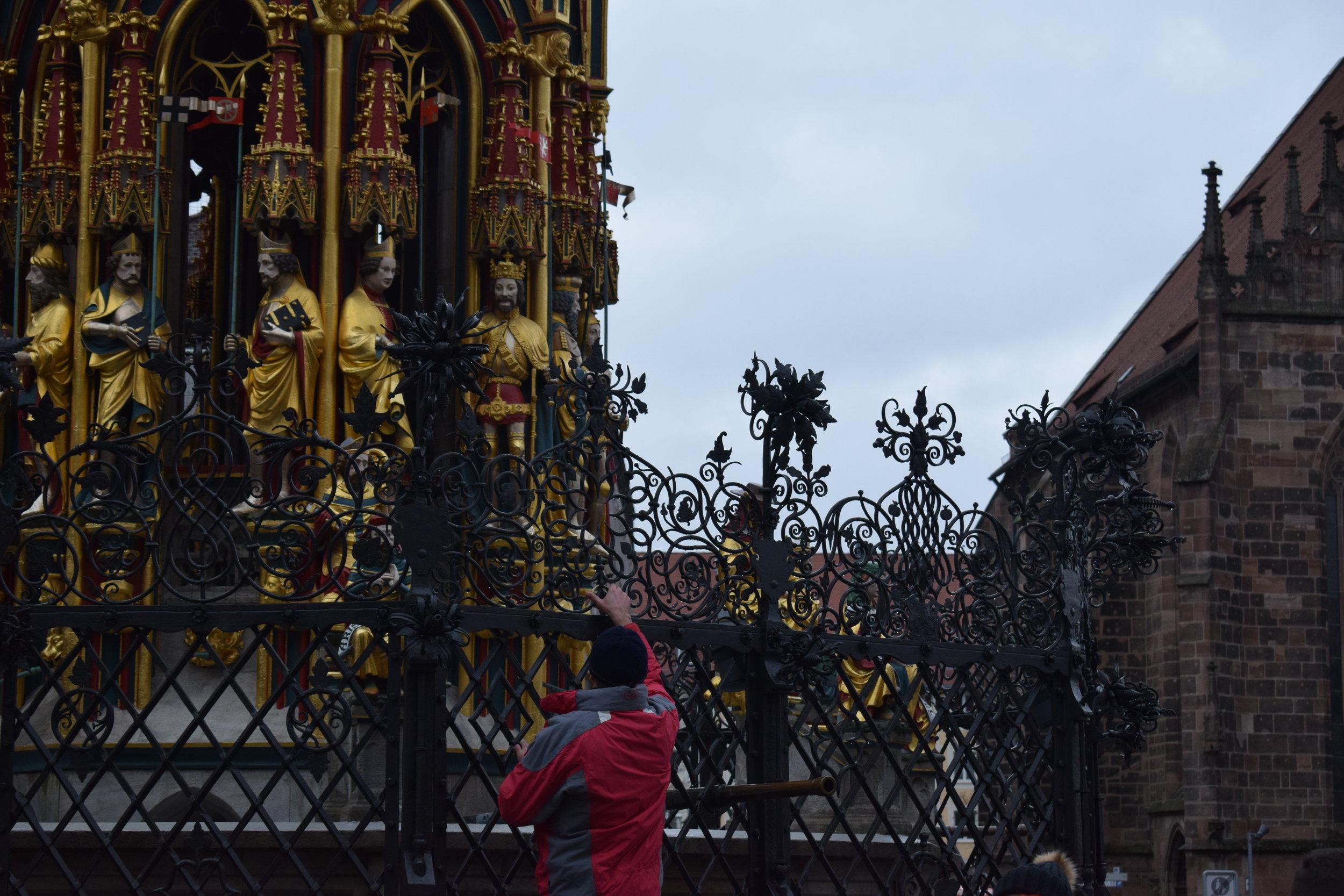 Golden-Ring-Tourist-Nuremberg