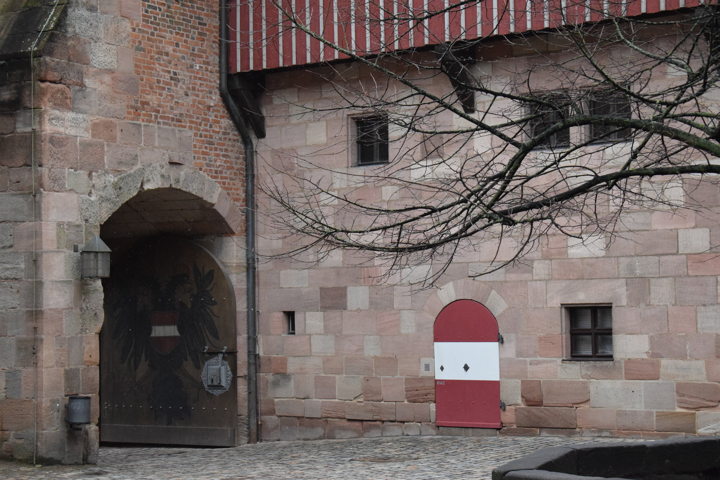 Nuremberg-Castle-Gate