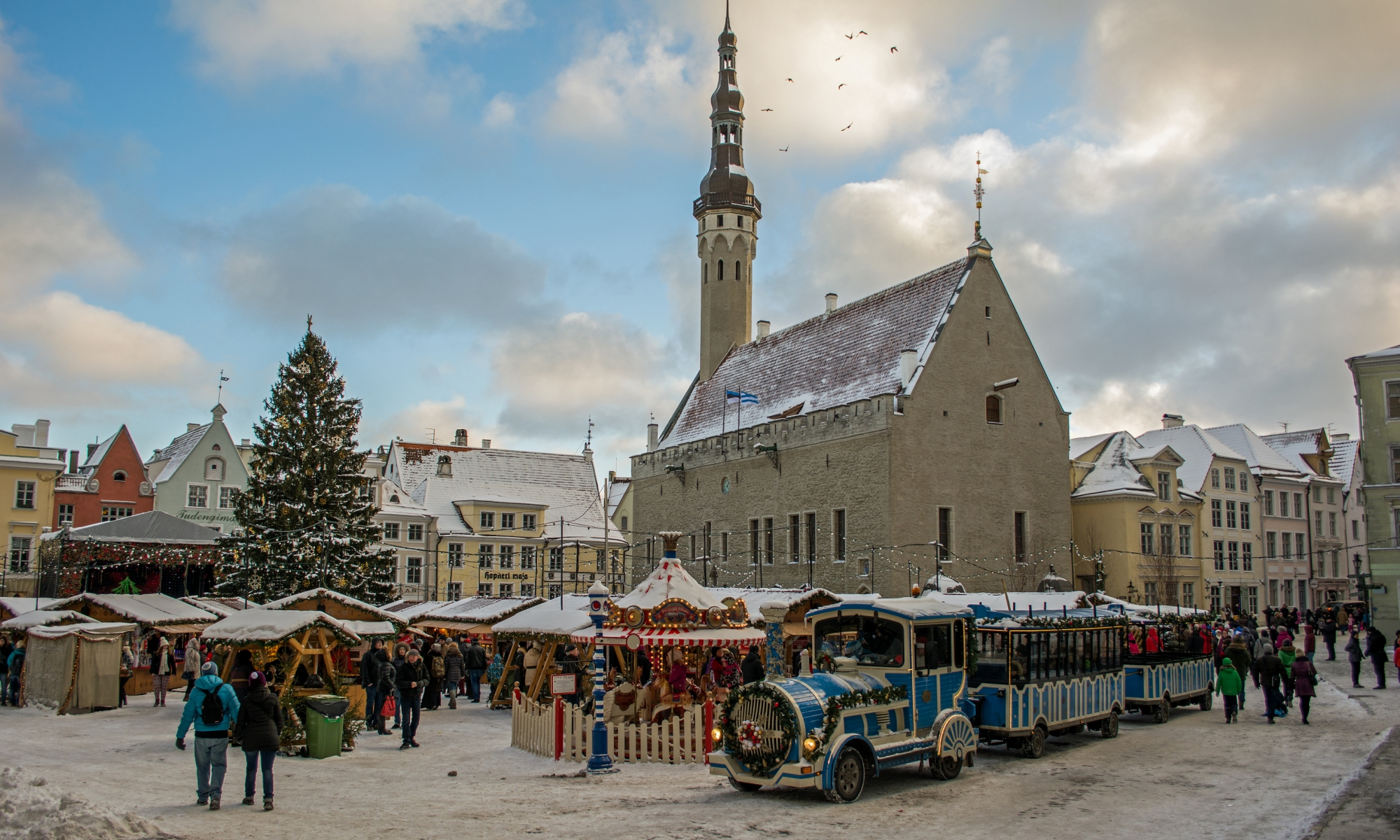 Tallinn-Christmas-Market-Snow