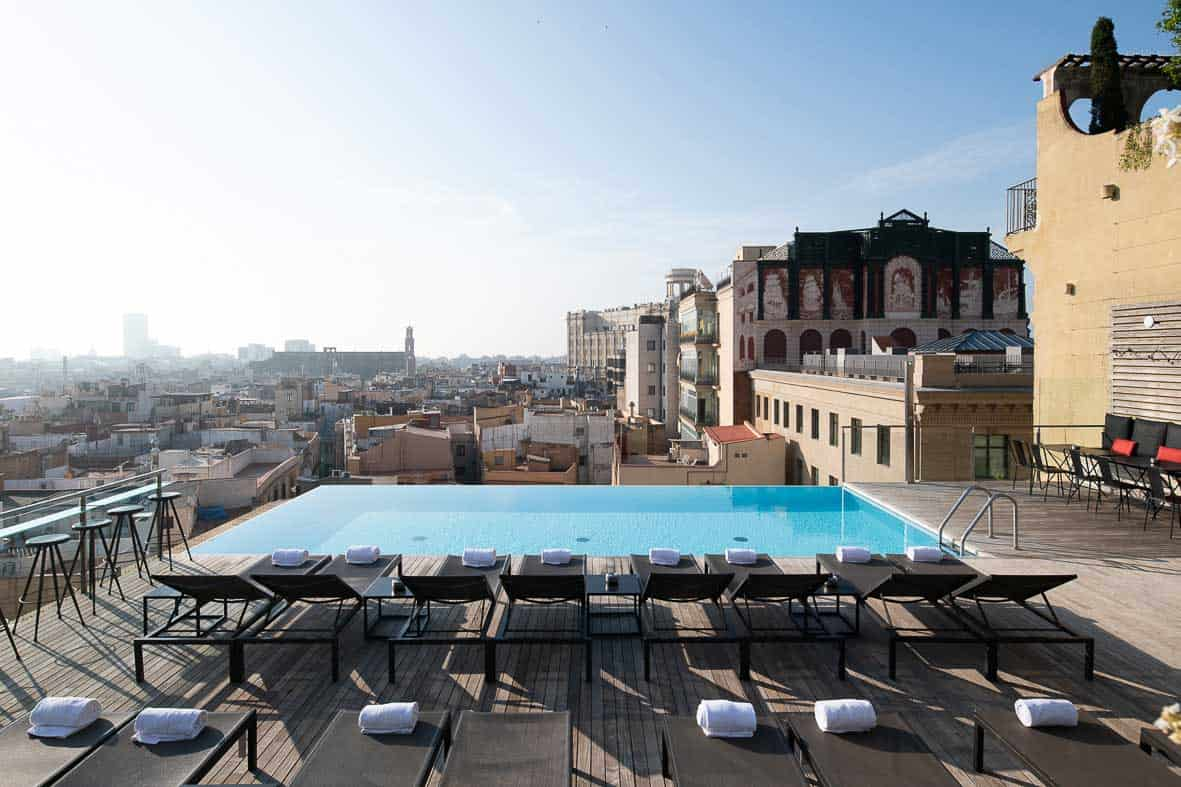 The rooftop infinity pool at Grand Hotel Central helps to make it one of Barcelona's top hotels. Image credit:    Grand Hotel Central   /Fair Use