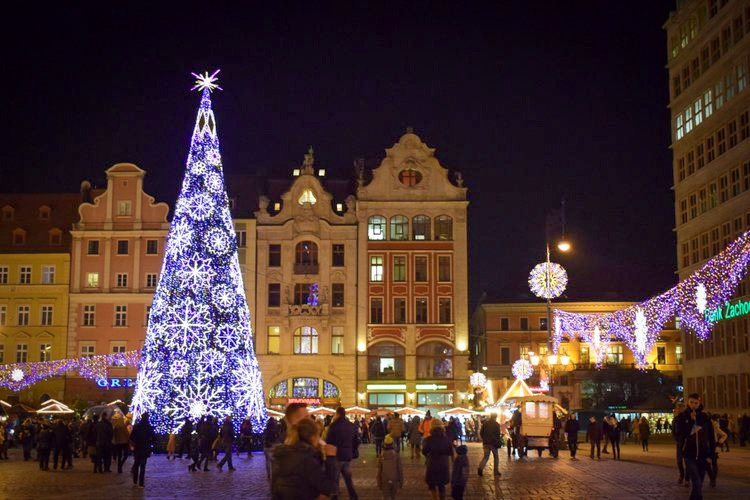 I was there to see the switching on of the Wroclaw Christmas lights in 2016.