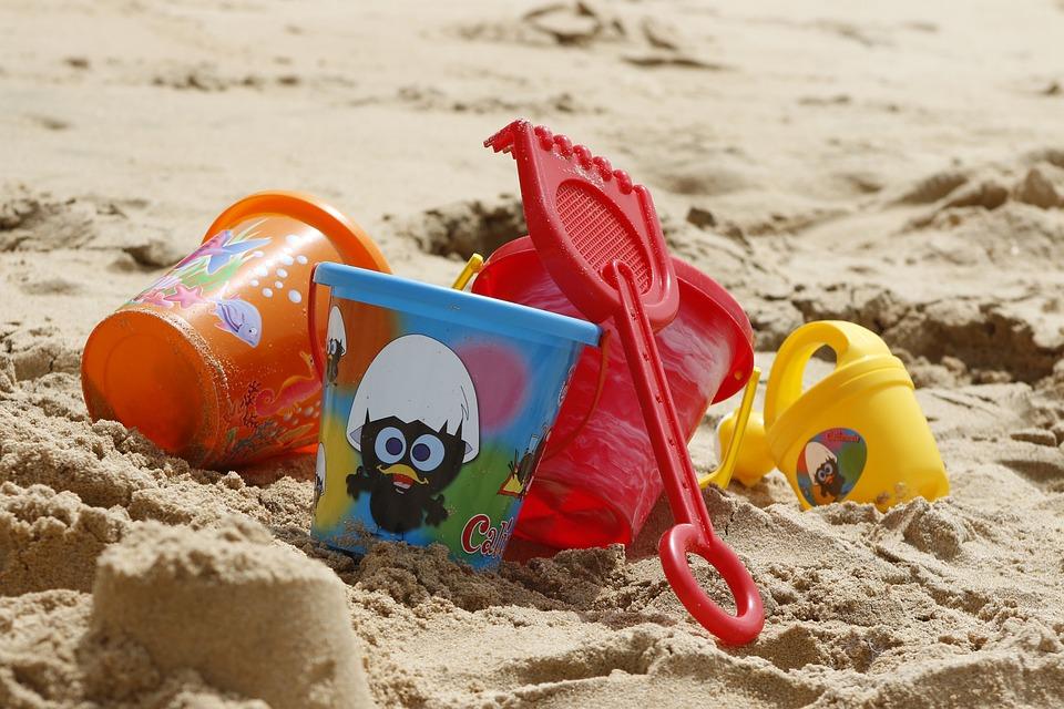 Bucket-Spade-Beach-Sand