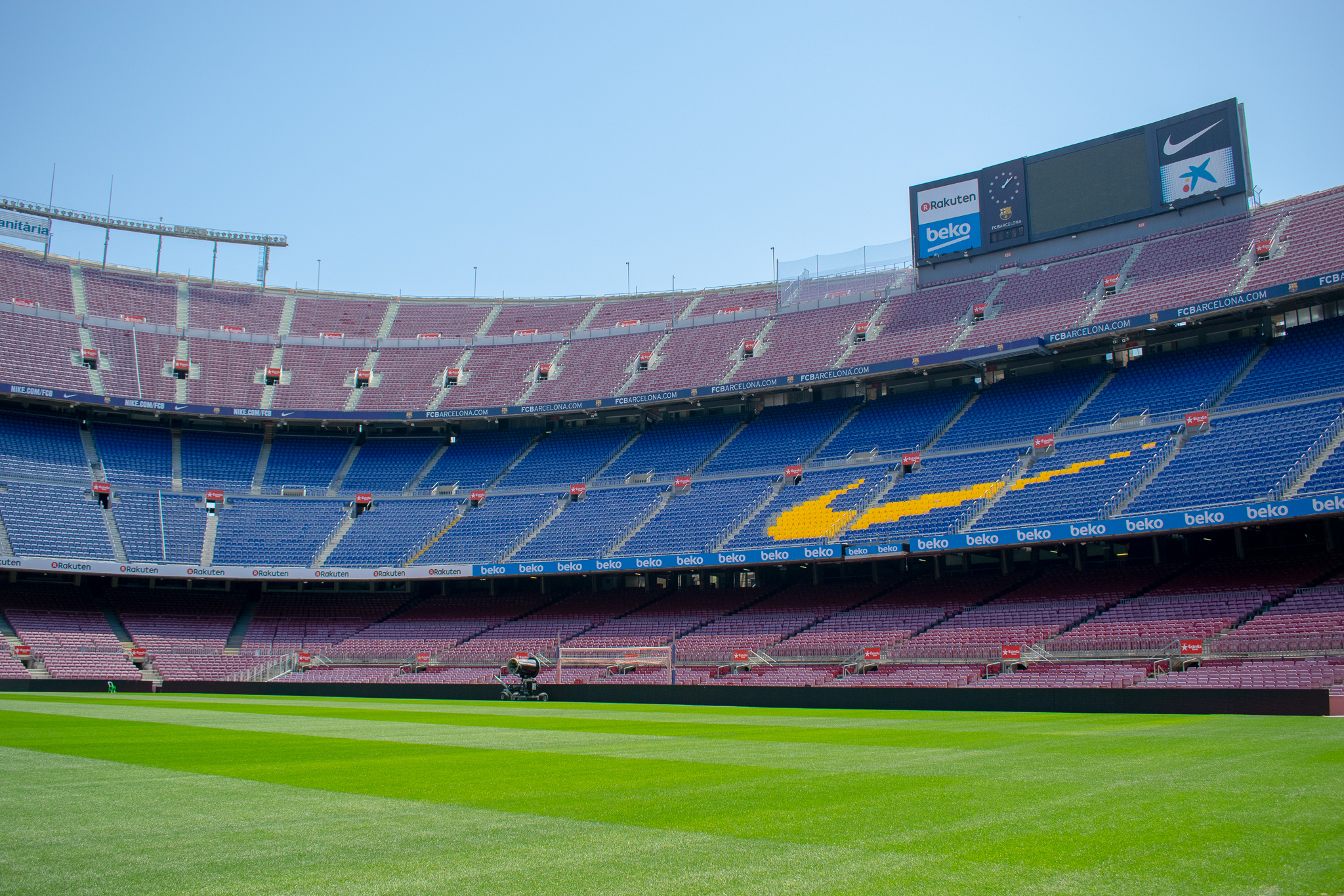 In addition to the museum, you can go into the stands and see the pitch at the Camp Nou Experience.