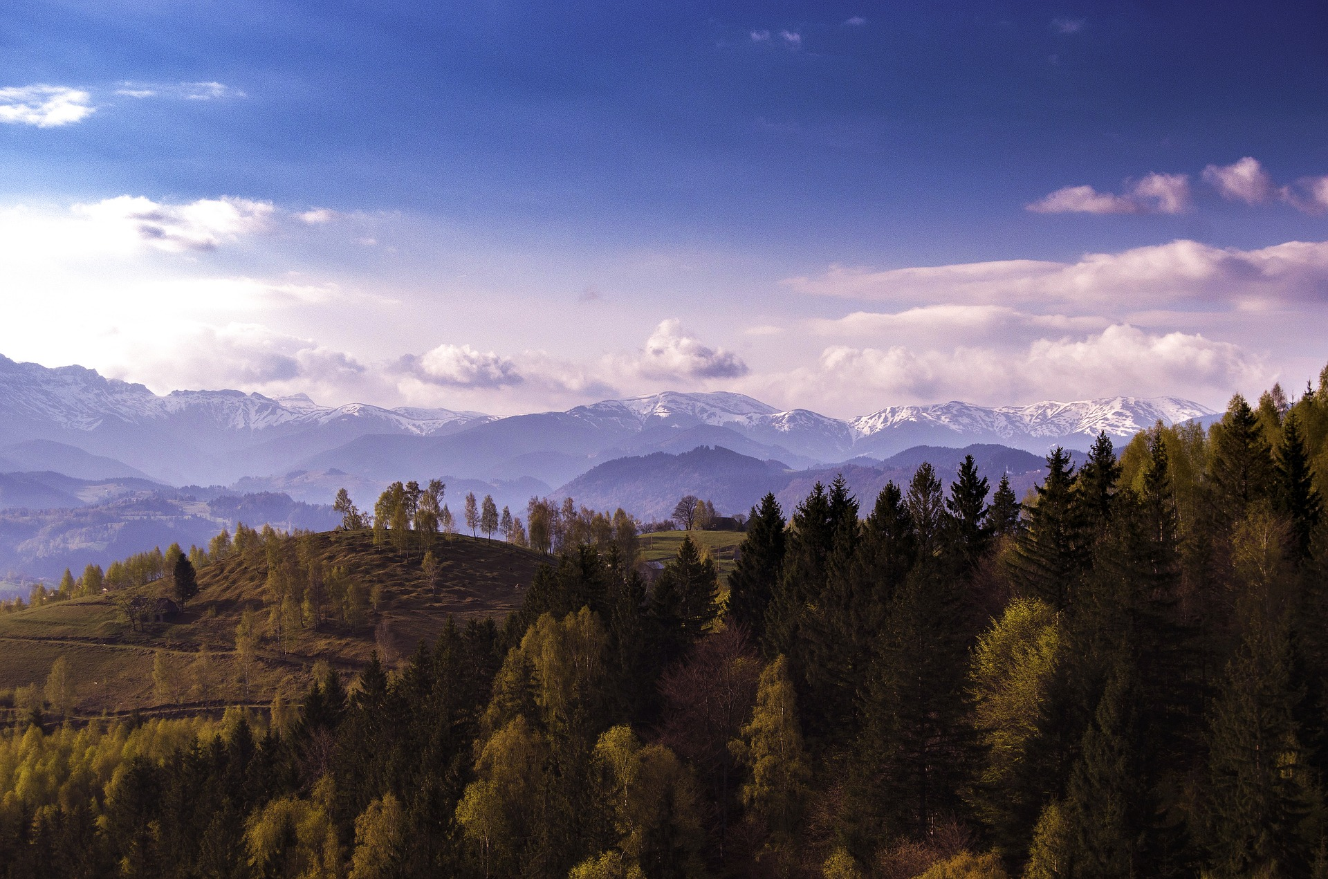You can enjoy views like this on the trails of the Bucegi Mountains.
