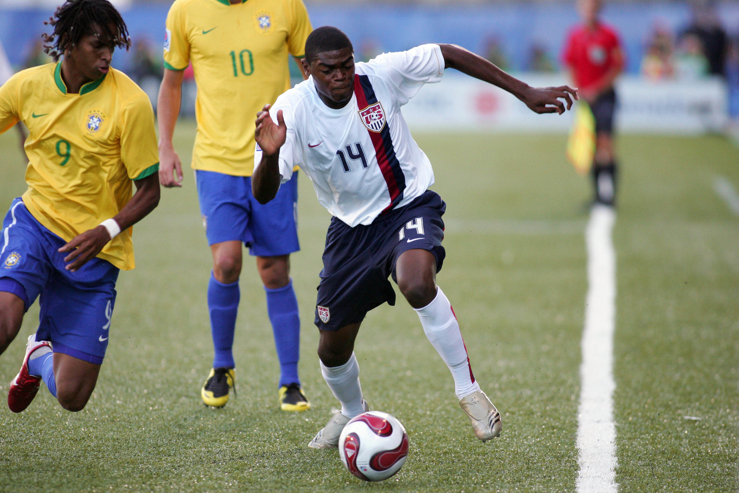 "<a href=""http://properformance.guru/anthony-wallace"">Anthony Wallace</a><strong> US National Team Caps; New York Red Bulls.</strong>"