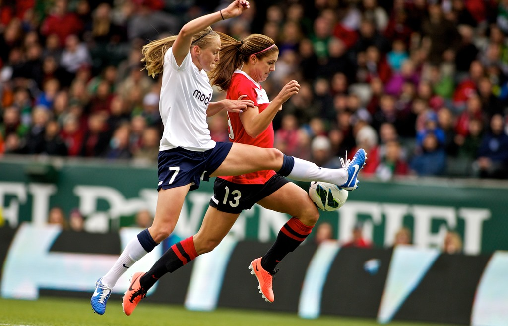 SRFC_Elli Reed_PTFC_Alex Morgan_4-21-13.jpg