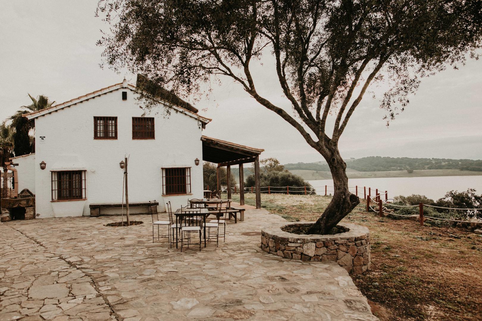 lake wedding venue spain-25.jpg