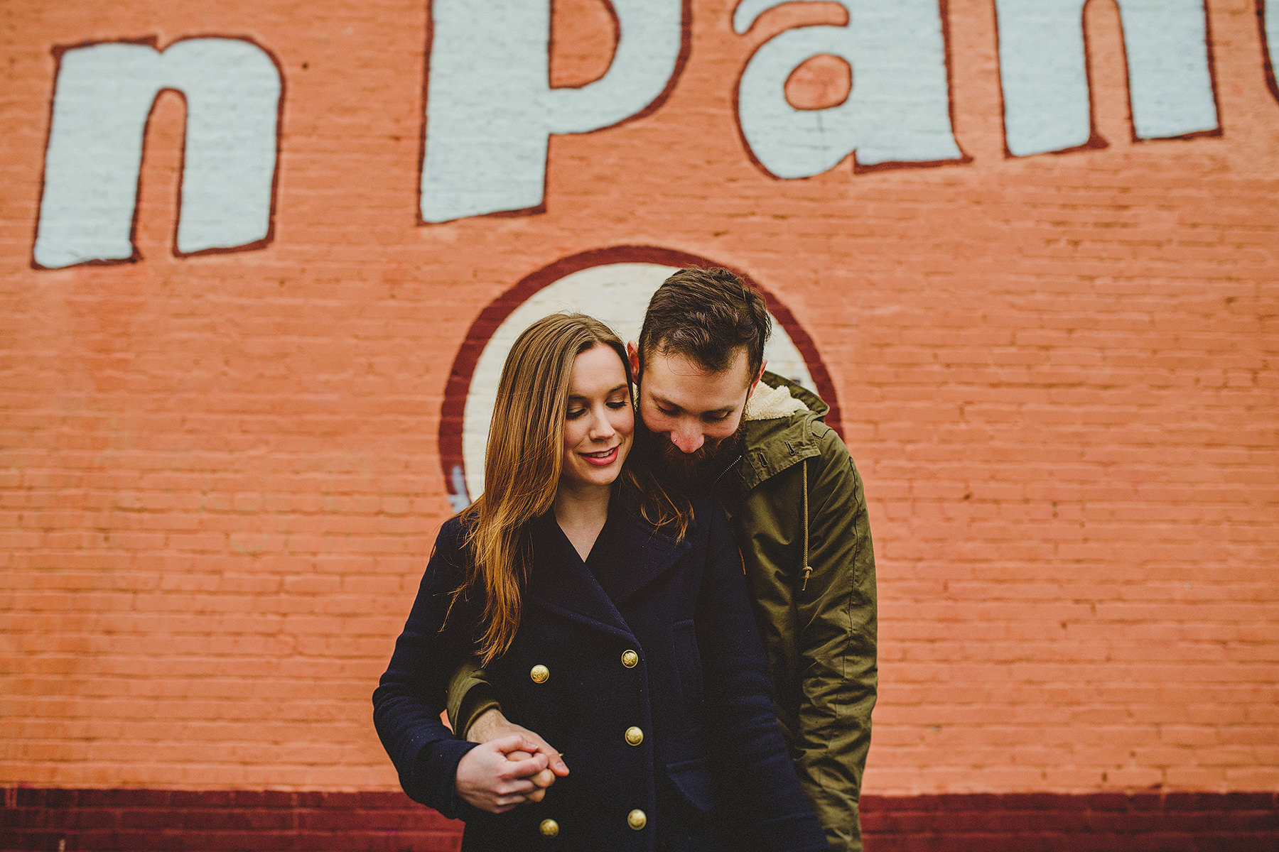 relaxed-engagement-session-downtown-portland-02.jpg