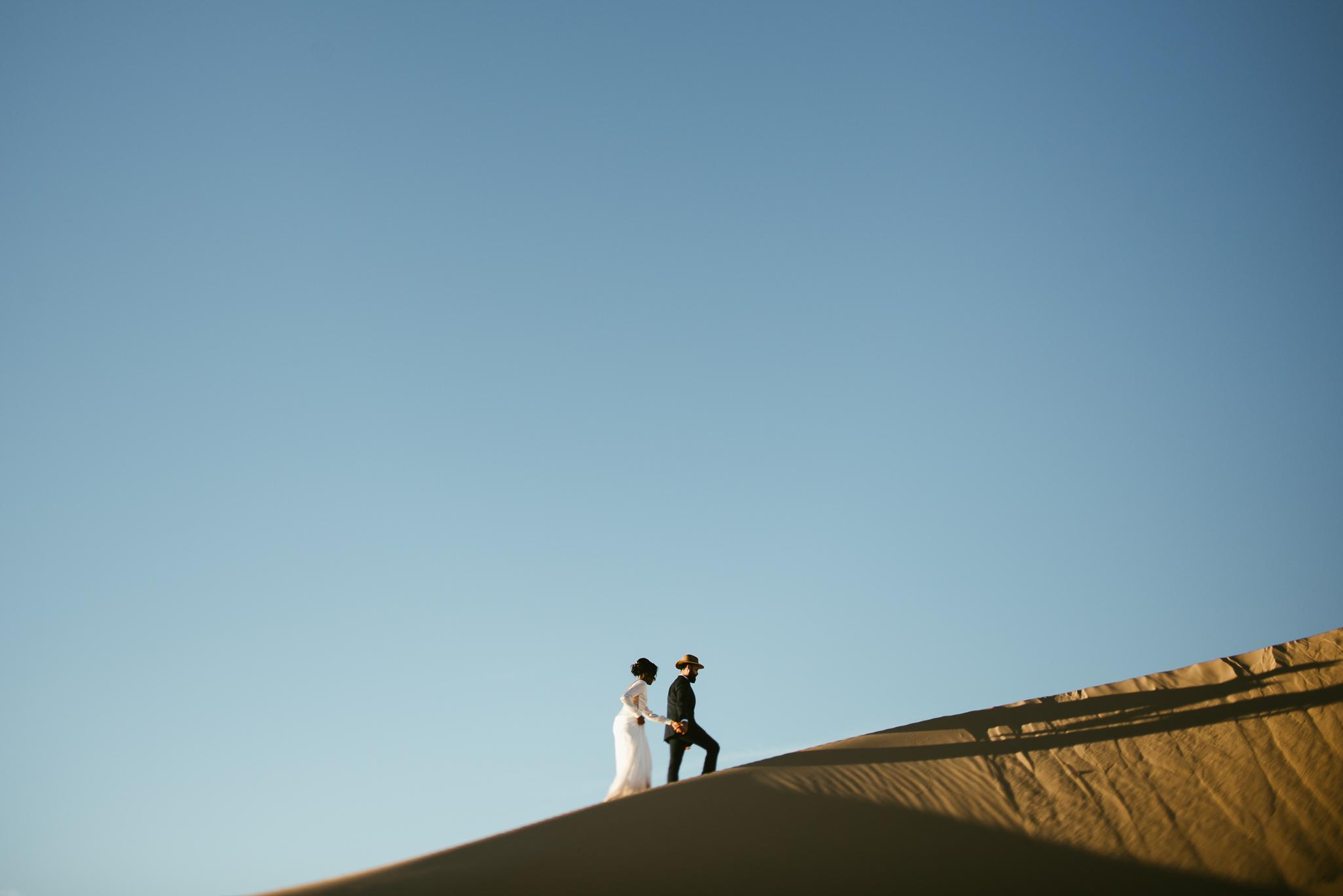 Frida enamorada boda en el desierto de baja california mexico LR-36.JPG