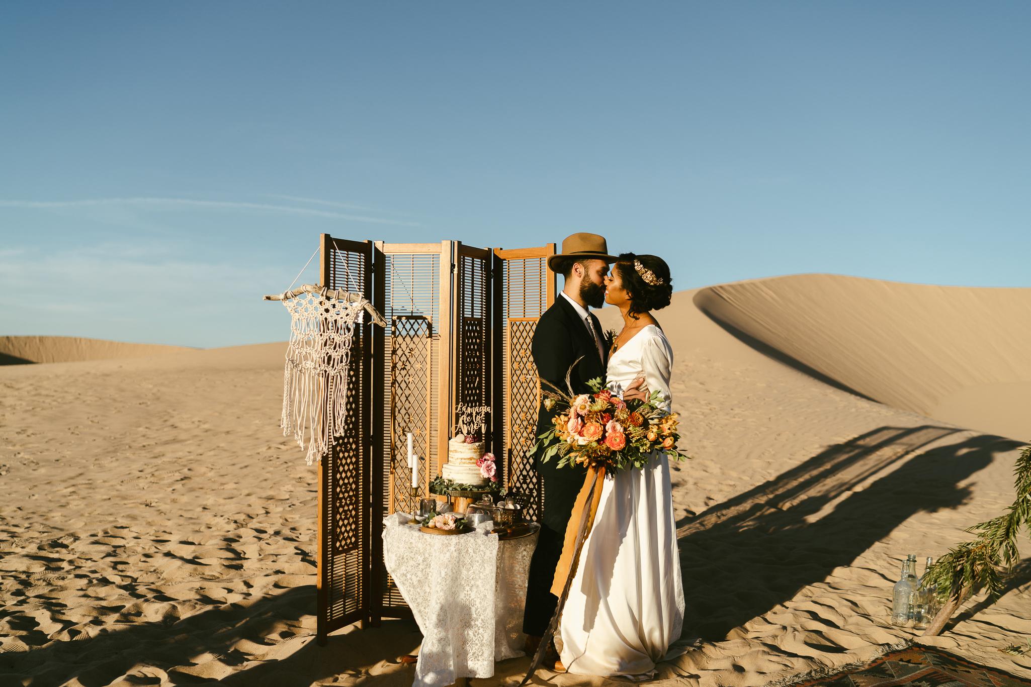 Frida enamorada boda en el desierto de baja california mexico LR-33.JPG