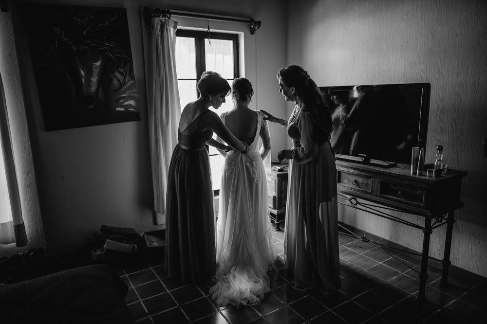 Aida-Arturo-GDL-Folk-Wedding-24.jpg