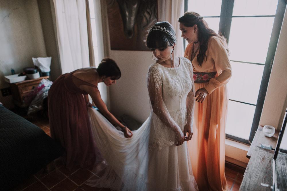 Aida-Arturo-GDL-Folk-Wedding-26.jpg