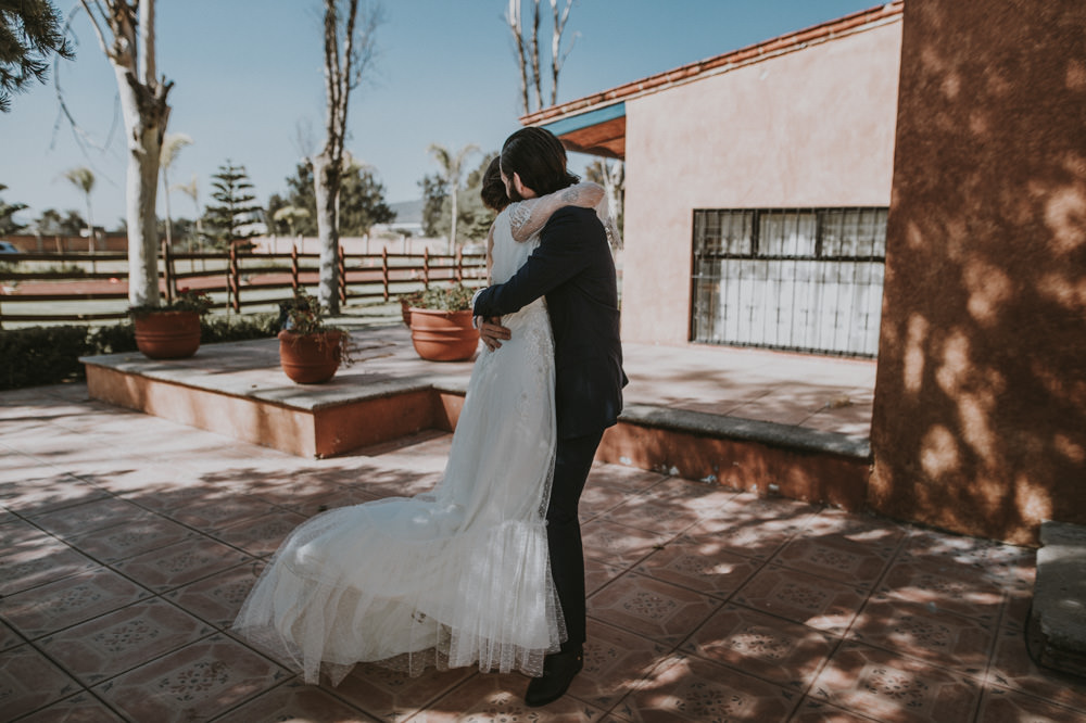 Aida-Arturo-GDL-Folk-Wedding-39.jpg