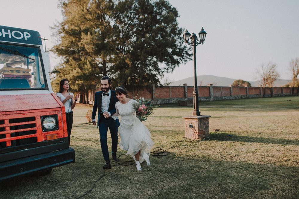 Aida-Arturo-GDL-Folk-Wedding-159.jpg