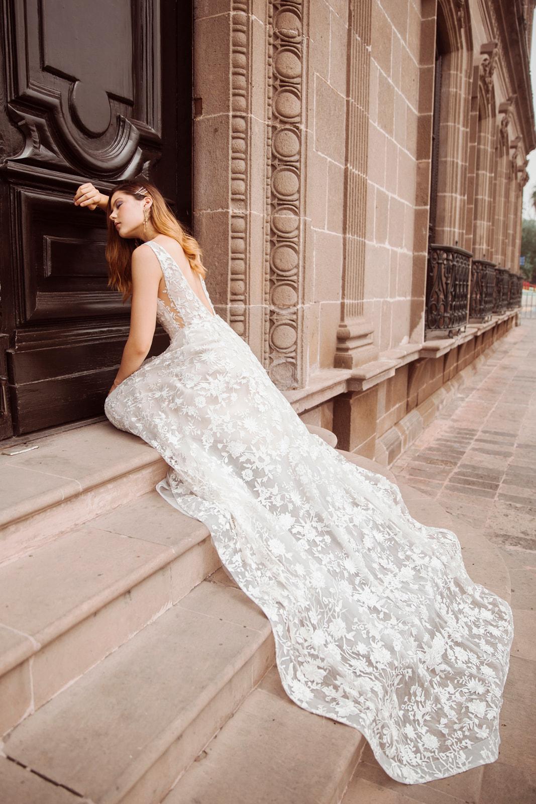 Carlotta_dress_(7_of_58).jpg