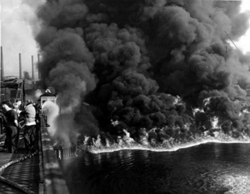 Cuyahoga River Fire Nov. 3, 1952. Courtesy of Cleveland Press Collection at Cleveland State University Library.