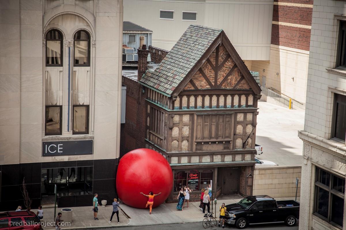 Red Ball, Toledo
