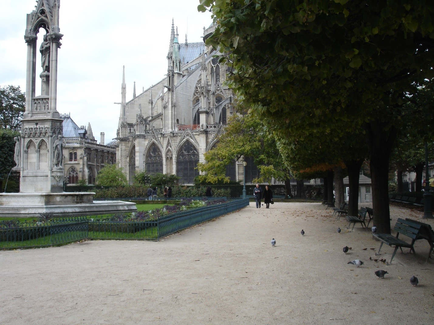 This is the back side of Notre Dame, one of my favorite quiet spots in Paris - smack in the middle of the city. My photo.