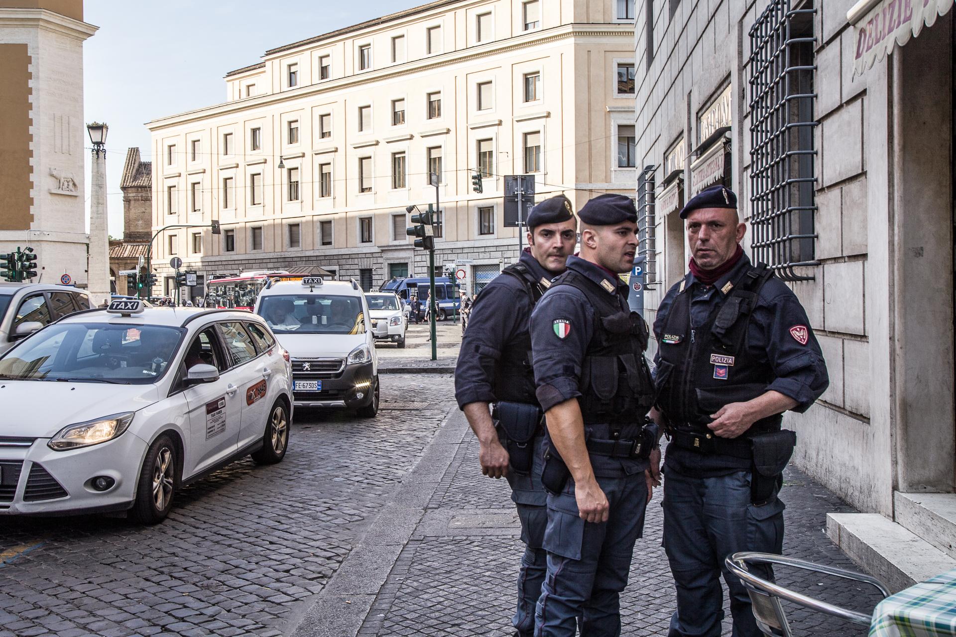 Roman Police