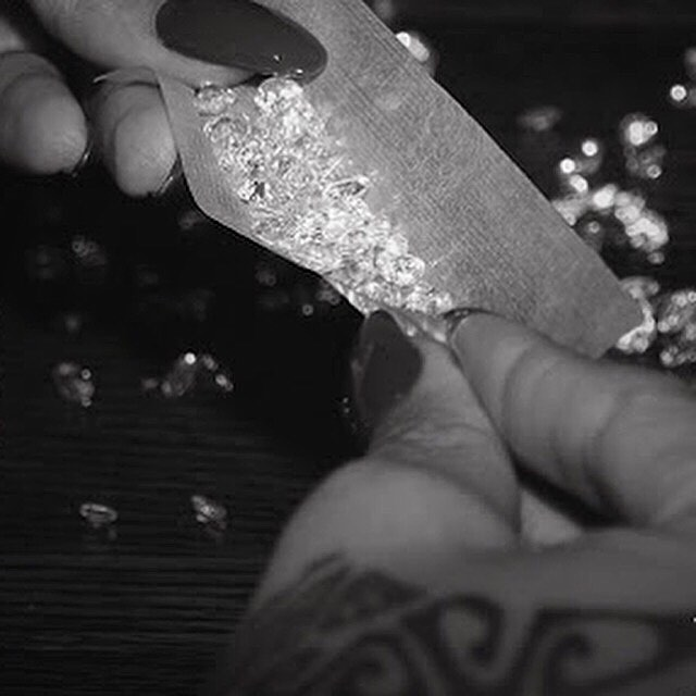 """Do Not Disturb: Reflecting Featuring accounts that find the chill spots, the places where all signs read """"do not disturb."""" Who's in your chill spot? Tag a friend to #makechill. . . . #morechill #beenchill #artofchill #prochillas #reflecting #diamonds #rollup #blunt #badgalriri #blacknwhite #bnw #minimal #minimalmood #minimalmovement #unlimitedminimal #chillspots #chill #vibes #cannabisdesign #cannabiscommunity #cannabisculture #weshouldsmoke #letssmoke #onlysmokethefinest #highlife #highsociety #stonernation #productivestoner #streetdreamsmag"""