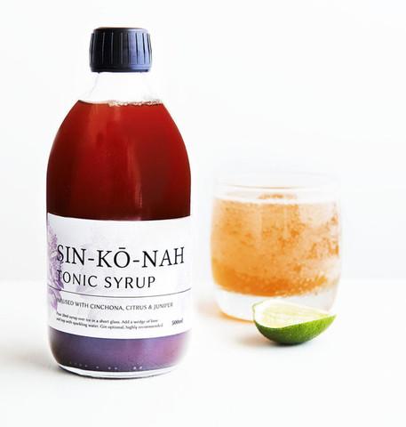 SIN-KO-NAH-bottle-and-glass_large.jpg