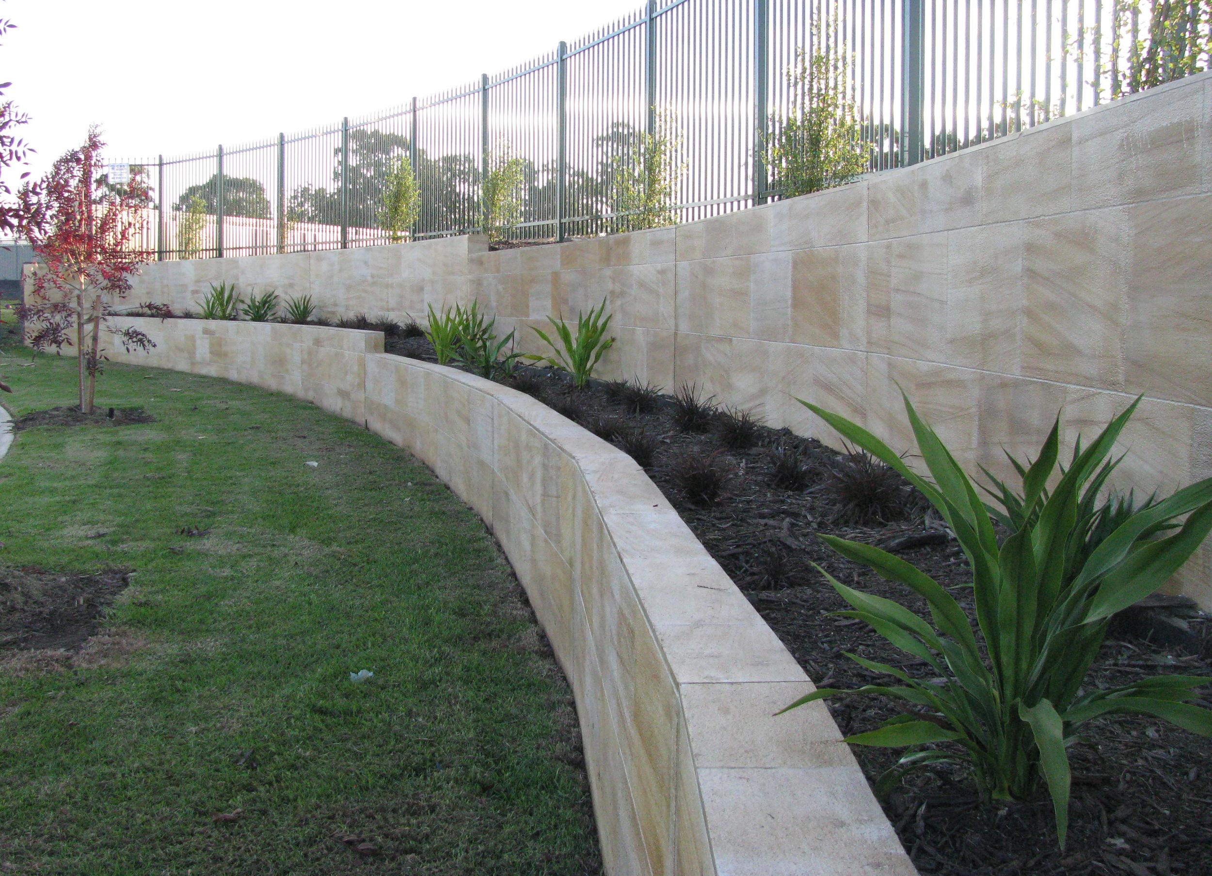 Coogee gardenwall.jpg
