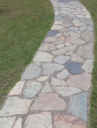 Quartzite-crazypave-path.jpg