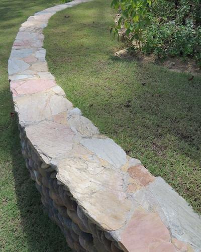Quartzite-crazypave-wall.jpg