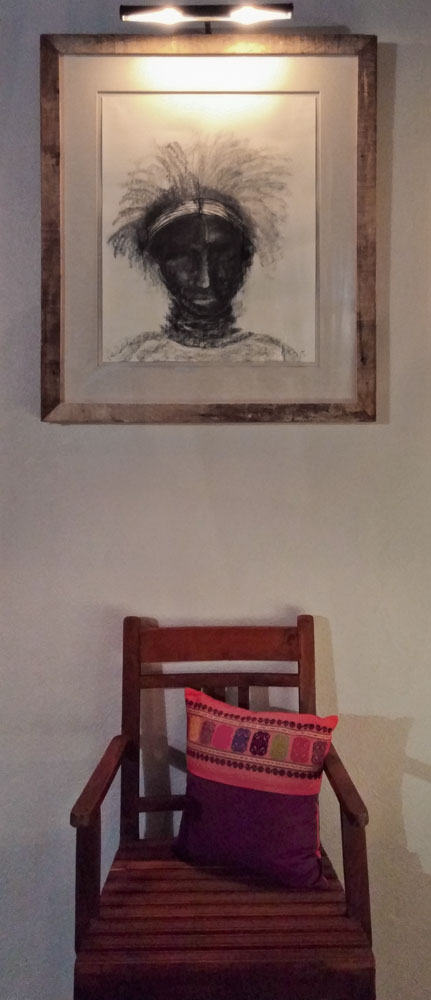 Casa-Joyero-Sayulita-picture-and-chair.jpg