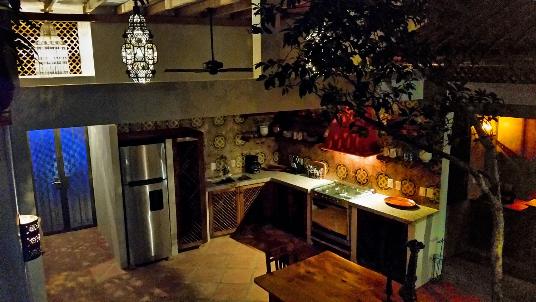 Casa-Joyero-Sayulita-kitchen-02.jpg