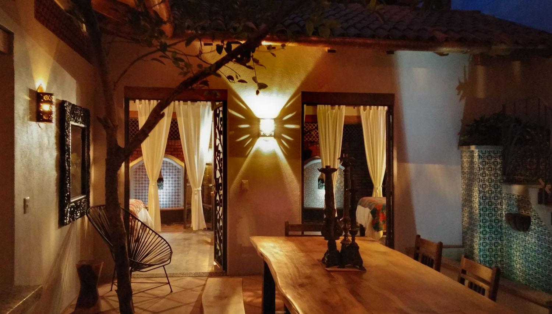 Casa-Joyero-Sayulita-14-dining-table-0501.jpg