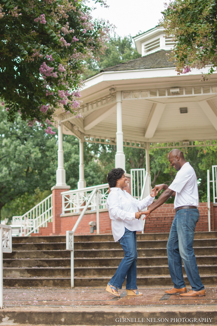 T-and-HD-engagement-photos-by-Gernelle-Nelson-in-Plano-TX31.jpg