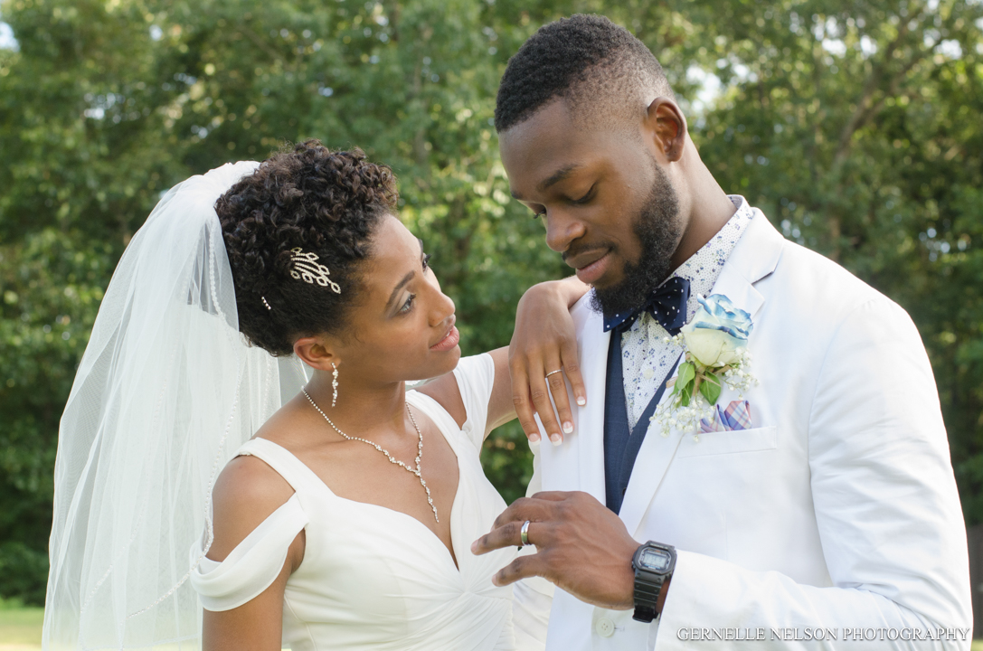 Joy-and-Matthews-Golden-MO-Wedding-photos-by-Gernelle-Nelson-Elopement-Photographer-61.jpg