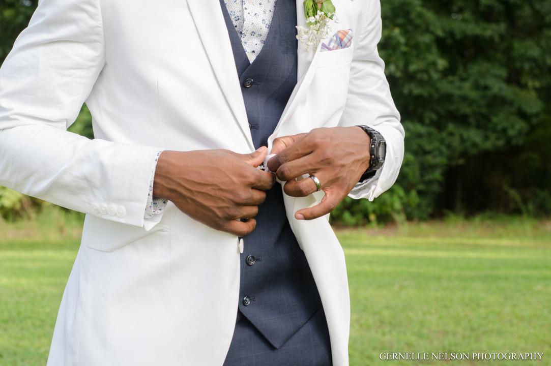 Joy-and-Matthews-Golden-MO-Wedding-photos-by-Gernelle-Nelson-Elopement-Photographer-68.jpg