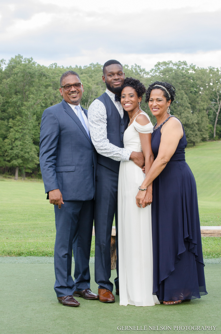 Joy-and-Matthews-Golden-MO-Wedding-photos-by-Gernelle-Nelson-Elopement-Photographer-75.jpg
